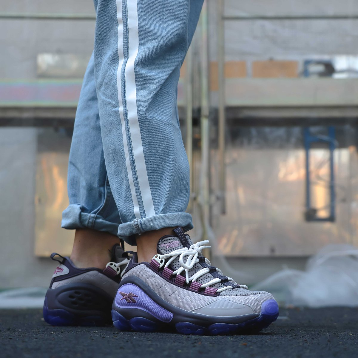 Reebok DMX Run 10 is back! Drops tonight online at midnight CET   in store  tomorrow at 11am CET. Shop   Cop here  http   ow.ly F4ws30kOJee ⠀⠀⠀  reebok  ... c6bc6916f