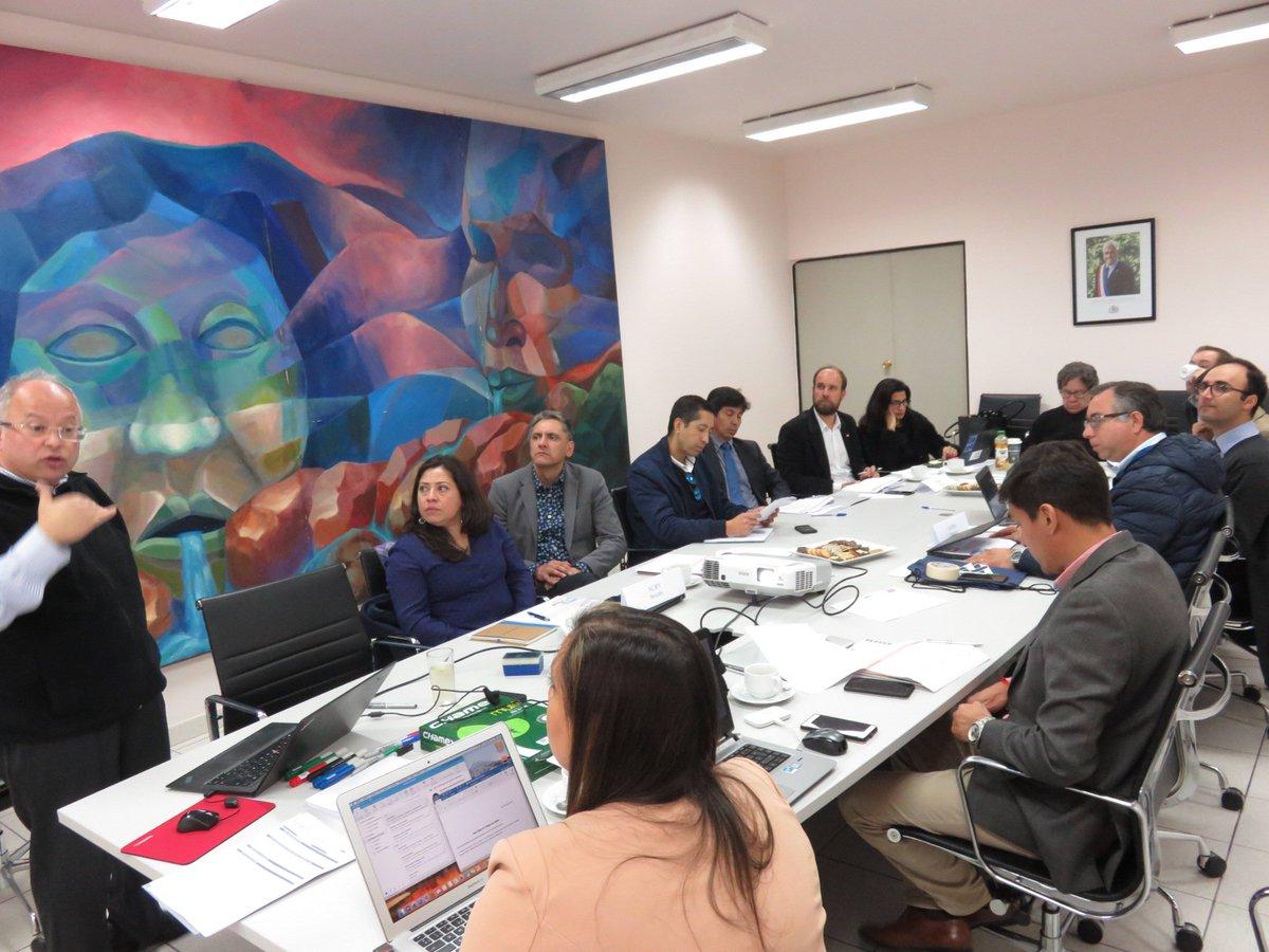 Colaboración y creación de Valor, en taller de trabajo @aminerals y @aftacluster, en el marco de acuerdo de intenciones entre la compañía y el programa estratégico, para aportar al desarrollo regional y la competitividad de la industria. https://t.co/OE6yUEVYNT