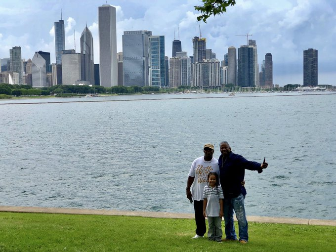 Damn I'm loving my Chicago. Here on the Lakefront with my oldest Son & Big brother Dre. Priceless https://t