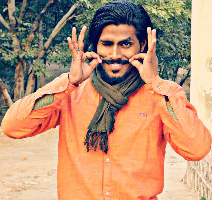 Jabra fan of ranveer Singh Happy wala birthday sir ji....