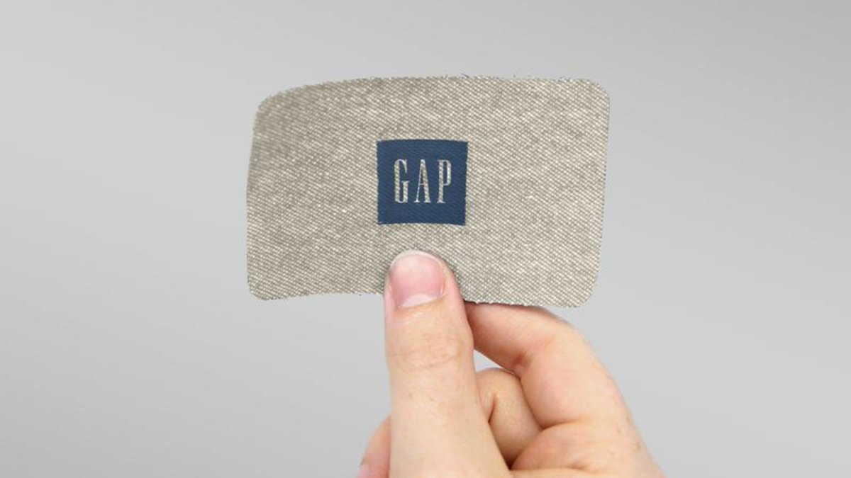 Gap Unveils Lightweight Linen Gift Card For Summer trib.al/lSYeSZ1