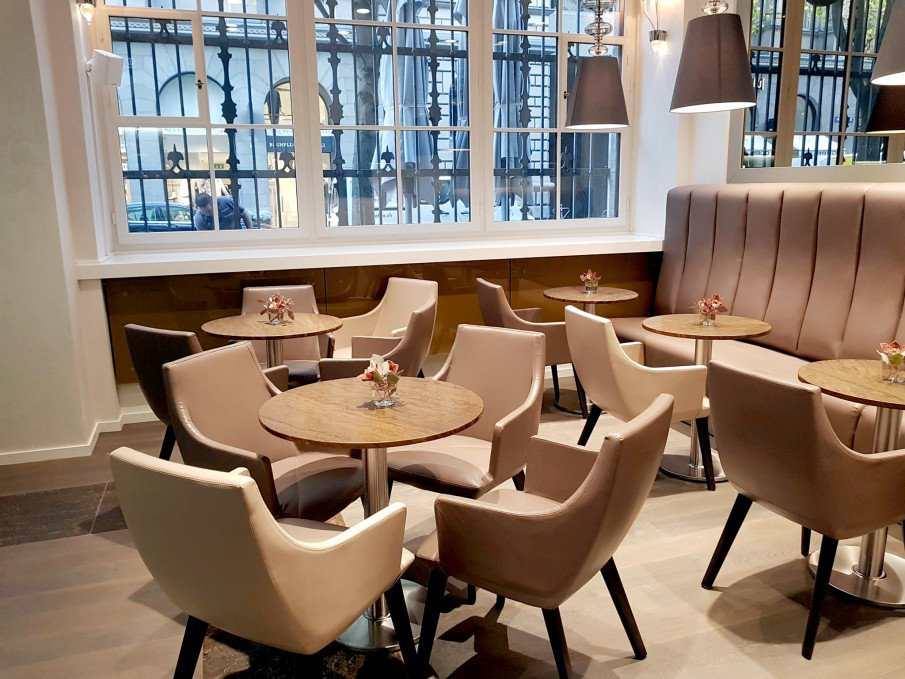 Beret, a great example of a #classic yet comfortabledining chair https://t.co/YFWZYP68Oo #restaurants #dining
