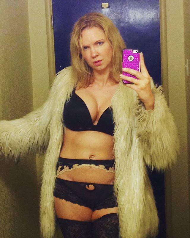 Blonde in a fake fur jacket #blonde #blacklingerie...