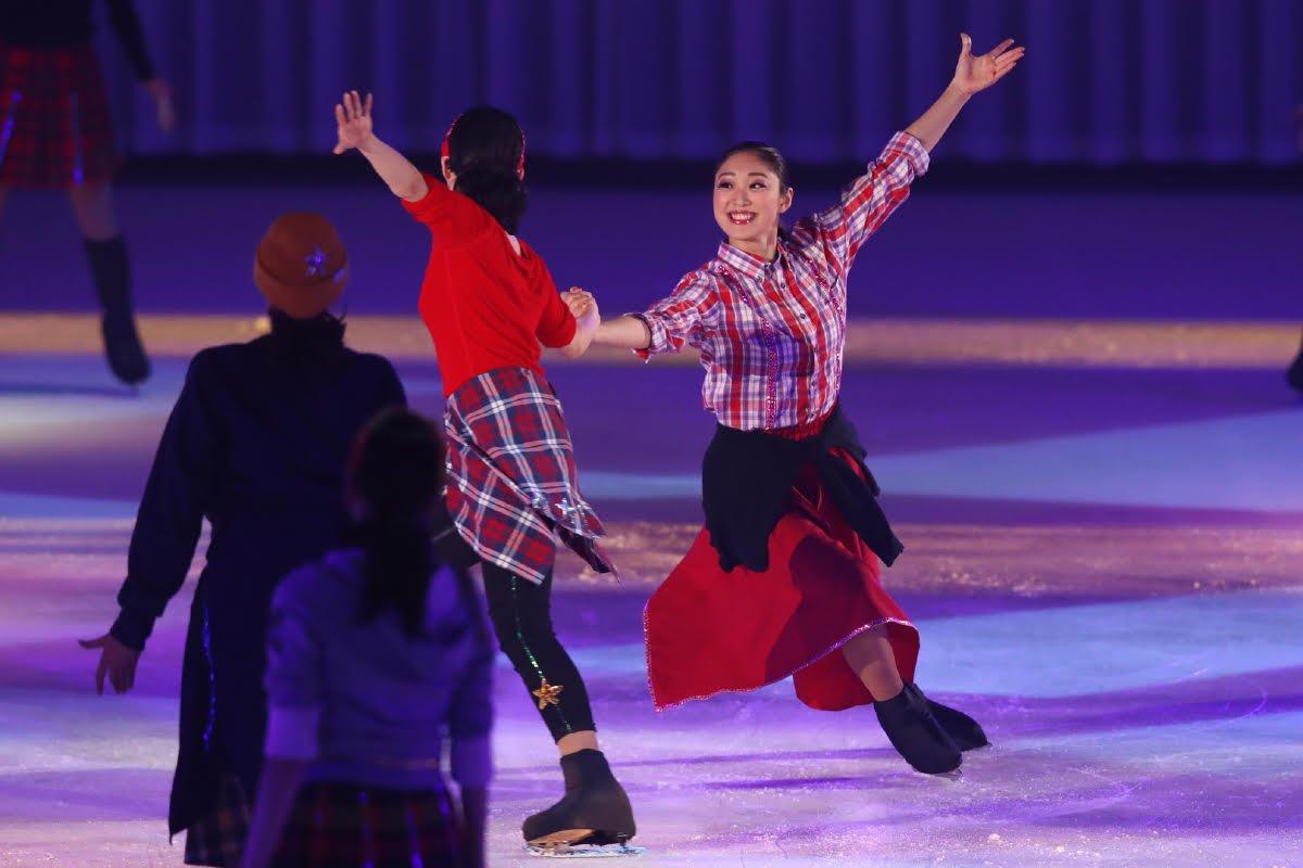 Ледовые шоу-5 - Страница 33 Dh_Fc9JU0AYW7pI