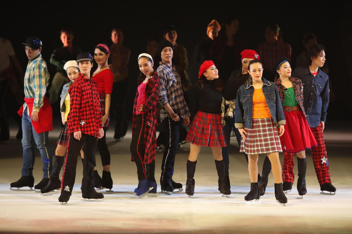Ледовые шоу-5 - Страница 33 Dh_FczmUYAMuoyA