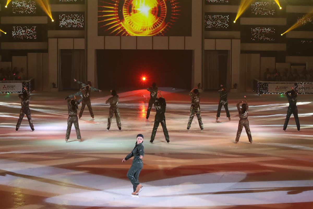 Ледовые шоу-5 - Страница 33 Dh_HZPPUYAMvJb5