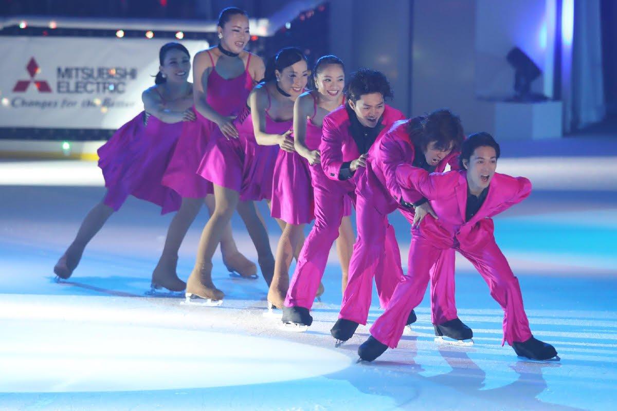 Ледовые шоу-5 - Страница 33 Dh_Kt1BU0AAkRy_