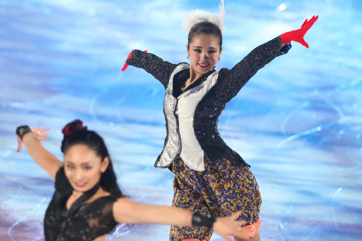 Ледовые шоу-5 - Страница 33 Dh_NWR2UcAA2inx