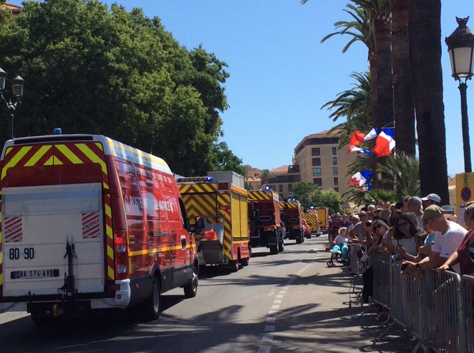 Le défilé du #14Juillet à @VilledAjaccio aura lieu à 11h sur le boulevard Lantivy Photo