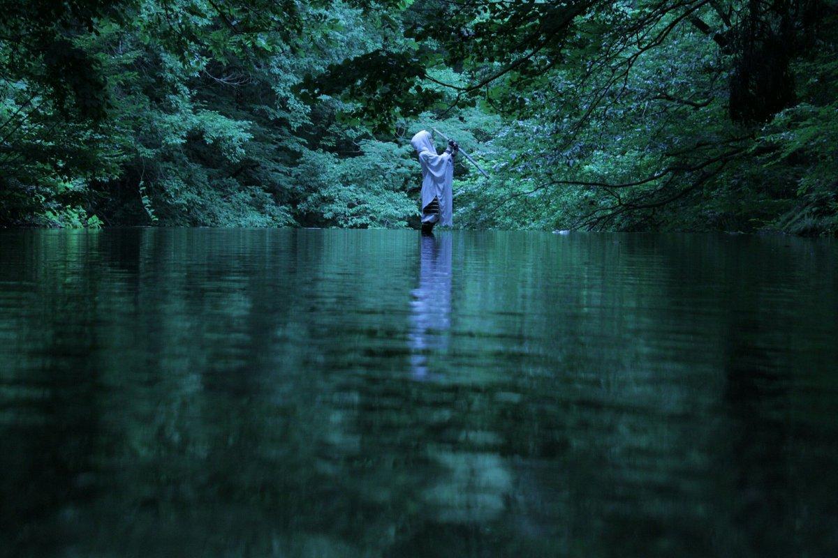 同じ川でもこんなに雰囲気が変わる…ゆーきさんが素敵な魔法を掛けてくれた🐥   鶴丸国永*あすぱら photo*ゆーき。