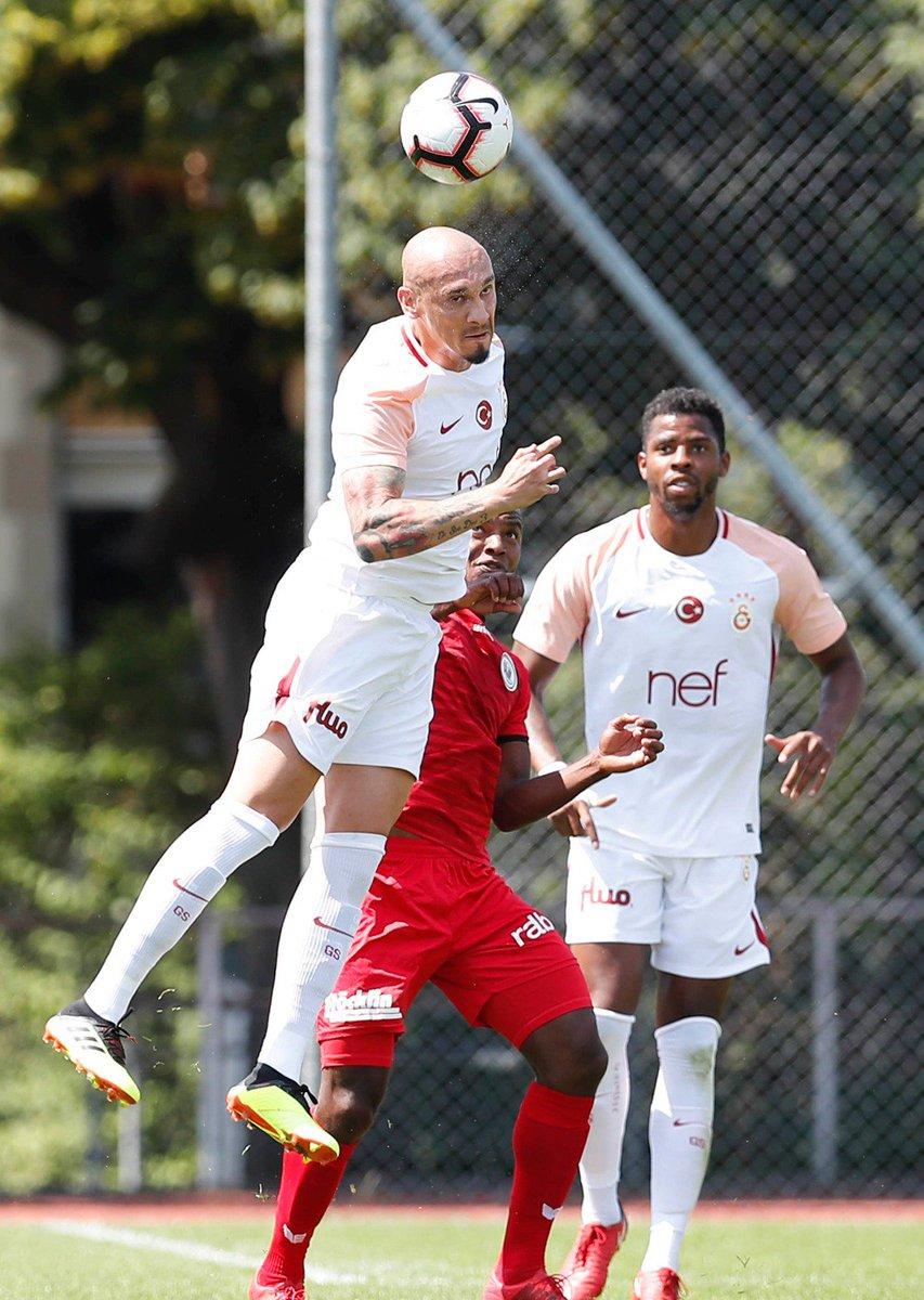 HT: #Galatasaray 1 - 0 FC Wil