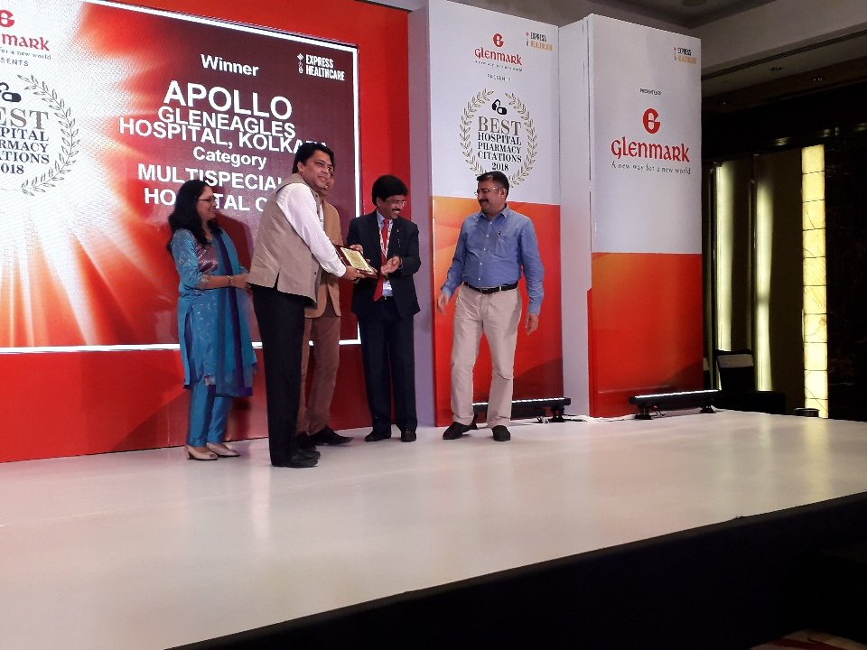Apollo Gleneagles Hospital,Kolkata wins award in Multi Speciality Chain Hospitals category in Best Hospital Pharmacy Citations 2018 @ExpHealthcare @ExpPharma @Healthcaresenate<br>http://pic.twitter.com/5Q1EAfCNVa