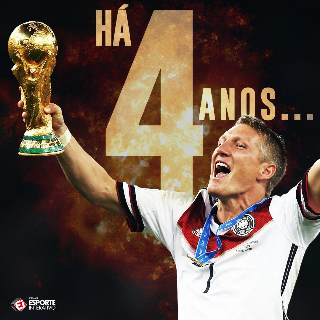 Nesse mesmo dia, a Alemanha vencia a Argentina no Maracanã e conquistava o tetra da Copa do Mundo! #Copa2014