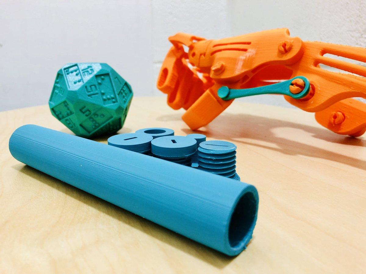 Et si on mettait nos déchets plastiques et la #technologie au service du #handicap ?  Réponse en pratique (ou plutôt en #impression3D !) avec E-Fabrik, au #fabcitycampus de @LaVillette ces 18 à 20 juillet, de 14h à 20h ! #FabCitySummit #B2B #ESS  - FestivalFocus