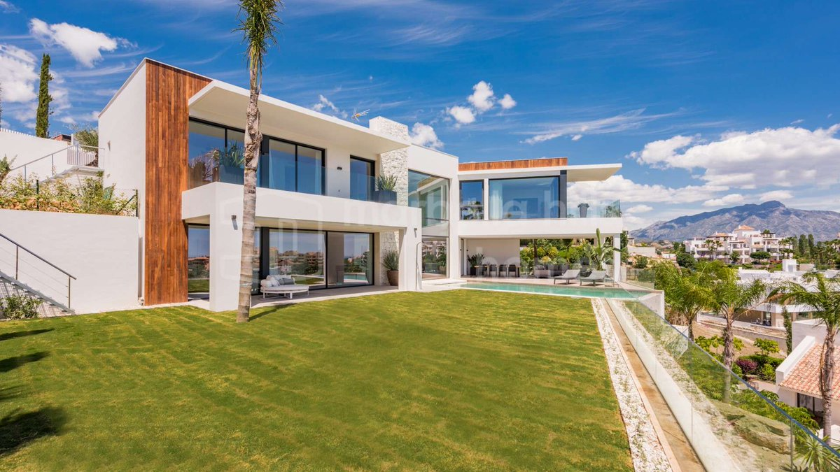 Marbella Hills Homes On Twitter Take A Look At This Modern House With Bags Of Character A Dazzling Family Home In Laalqueria This Is A Truly Impressive Residence Discover More Here Https T Co B5itl5myy5 Https T Co Dm4v8zskwj