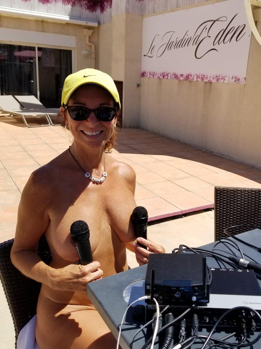 Divas naked photo