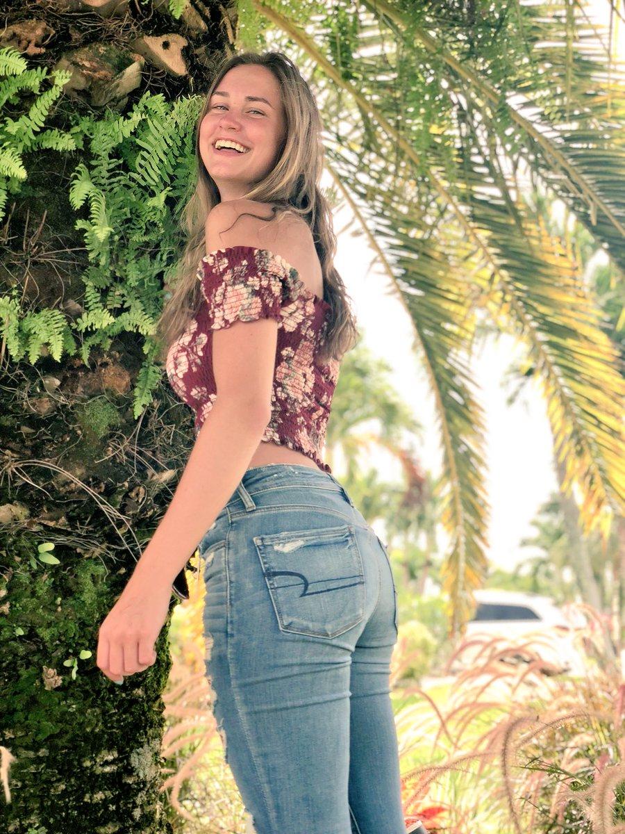 Elizabeth Coffey nude (98 foto and video), Ass, Hot, Instagram, underwear 2015