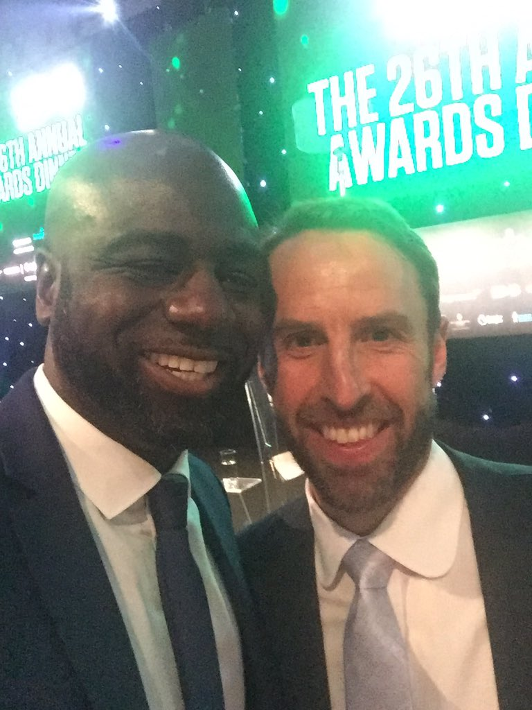 #GarethSouthgateWould spend some of valuable time talking to you about his time @CPFC and how players used to play some games for @CarshaltonA_FC. Had to excuse myself as I felt I was taking too much of his time. Humble and respectful. #ItsCominHome #WorldCupRussia2018