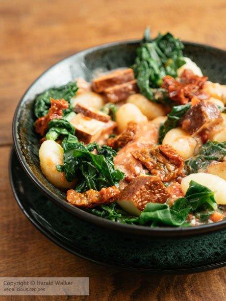 Gnocchi with Creamy Vegan Tomato Sauce, Turnip Greens, Sun-dried Tomatoes and Smokey Tofu https://t.co/L3cXCDk3iV https://t.co/WY9K9ZQ3kp