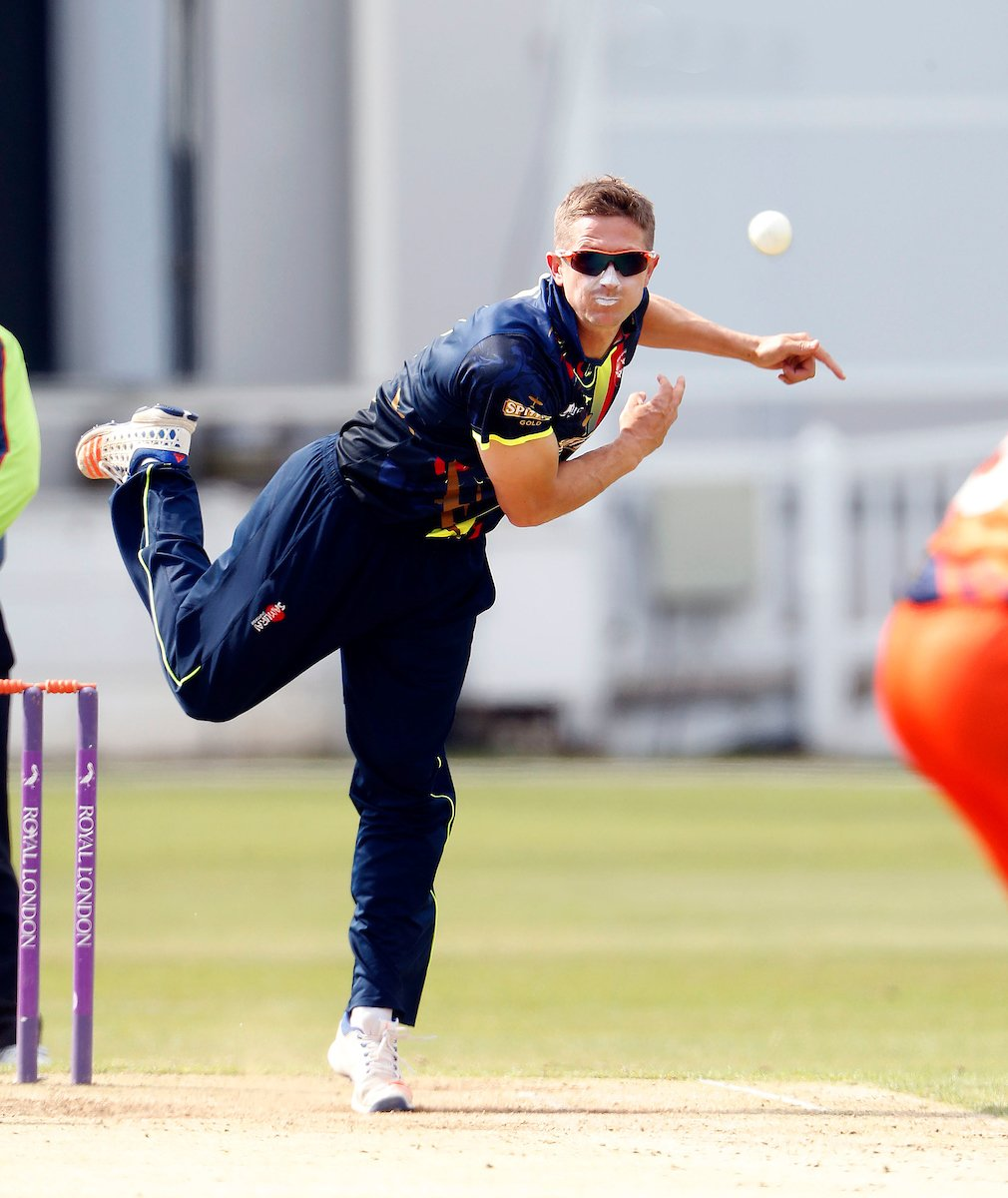 Joe Denly Scores a Hundred Before Taking a Hattrick to Blow Away Surrey