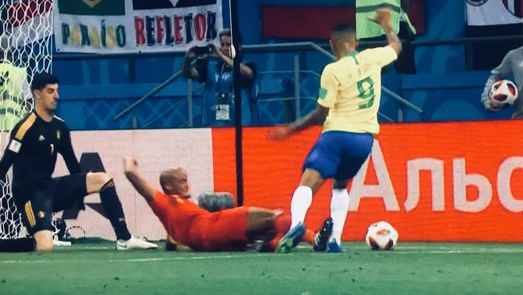 WC 2018 QFs - Brazil vs Belgium - Page 8 Dhcs0p1VMAADmU8