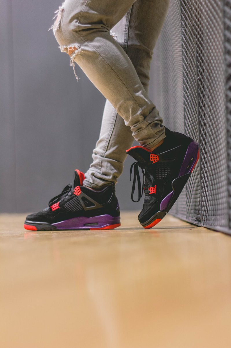 ... August 18- without Drake s signature on the tongue. http   kicksdeals .ca release-dates 2017 air-jordan-4-retro-nrg-raptors   …pic.twitter.com woEjHHucsU 646bd95ad