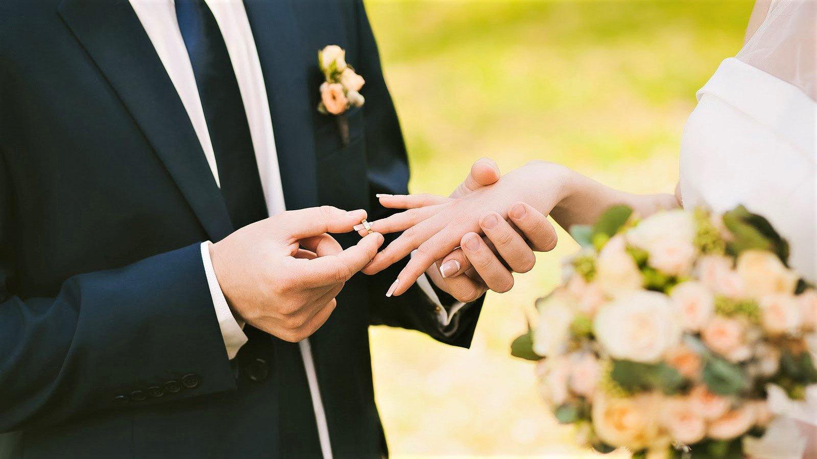 Свадебные картинки красивые жениха и невесты без лиц, четверг