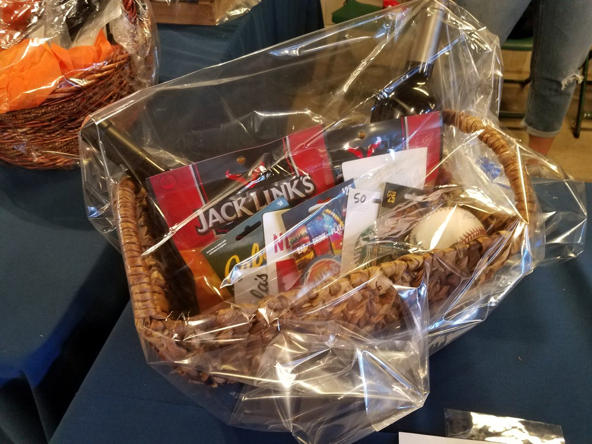 #Cubs wives helped put together players baskets. Bid on them at booth near Gallagher Way entrancepic.twitter.com/rmku15upOP