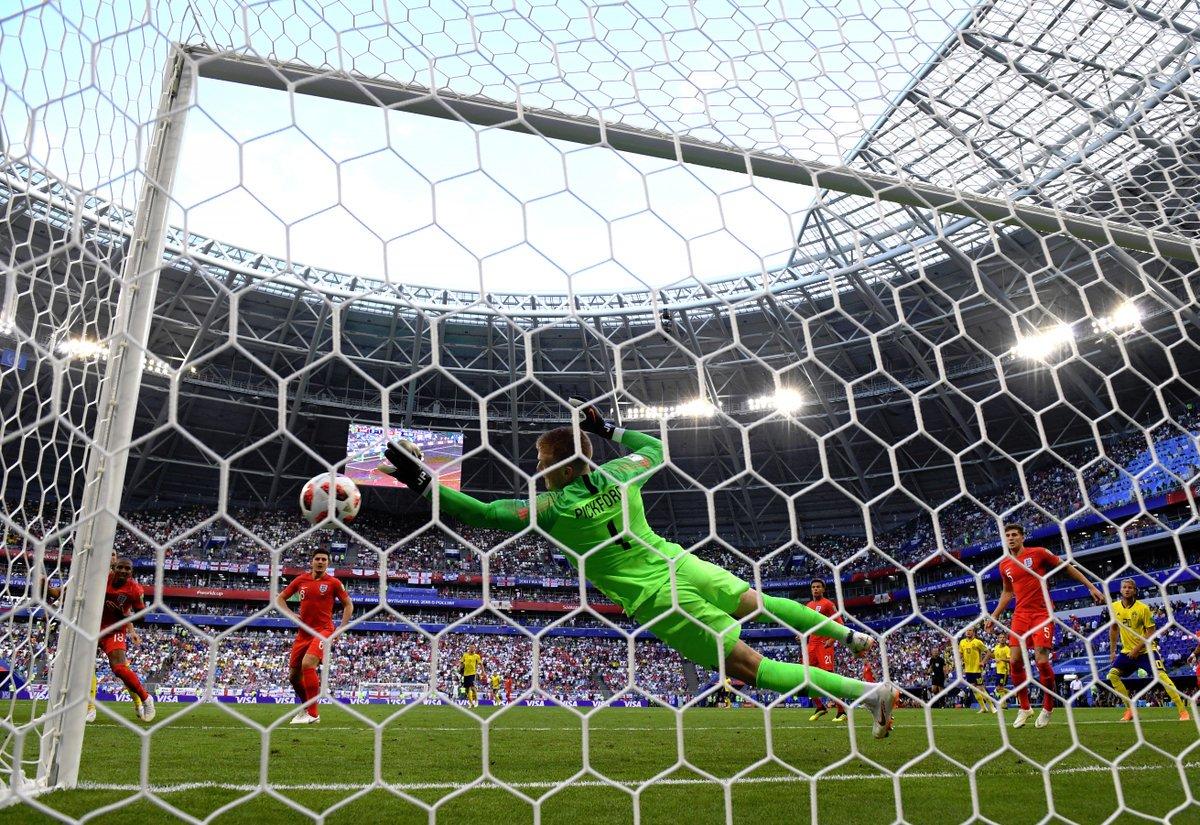 إنجلترا إلى نصف نهائي كأس العالم بالفوز على السويد بثنائية نظيفة 25