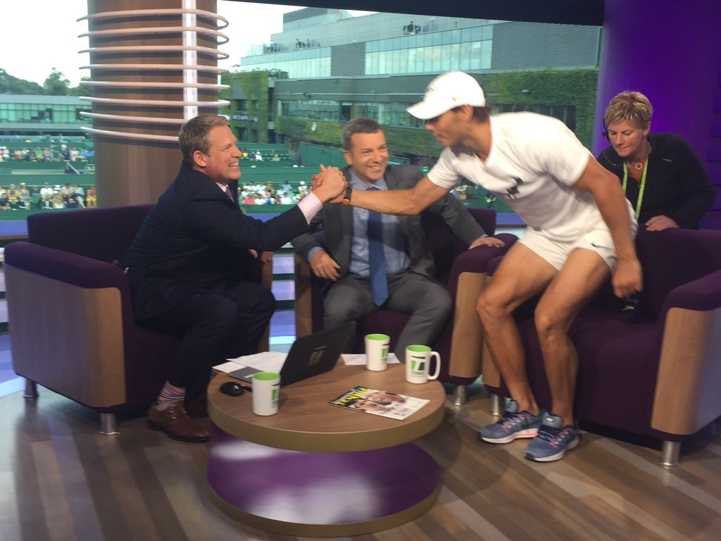I told @RafaelNadal not to feel bad after beating him in our pre-interview arm wrestle... @Wimbledon @TennisChannel