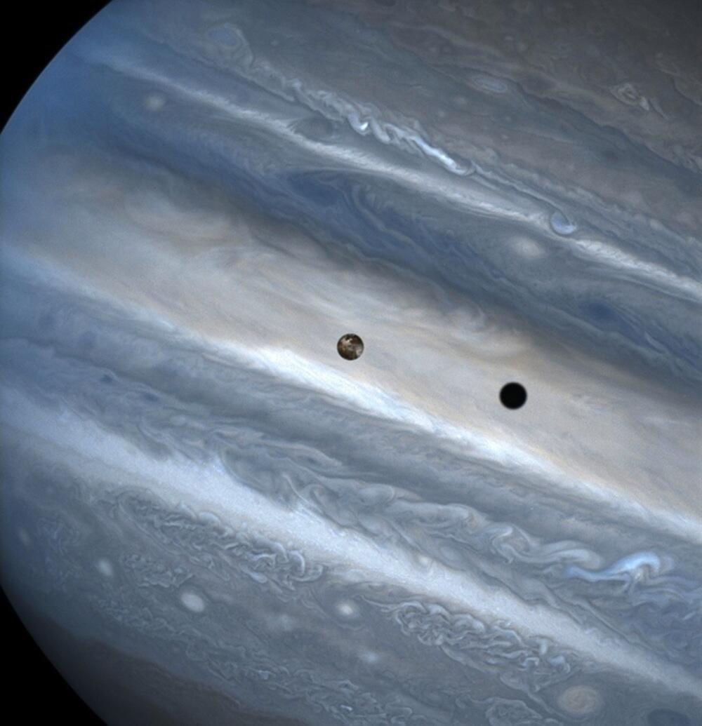 #Space: #Io casts shadow on #Jupiter https://t.co/URp6wn8hzF via @WiredScience