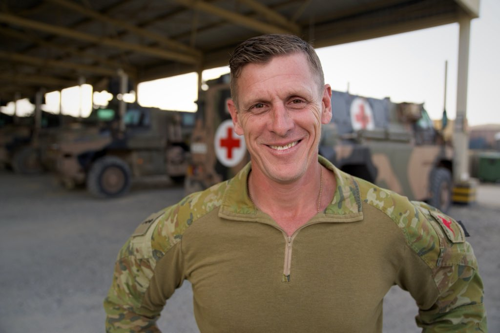 As the long war heads into its second generation, this Gold Coast cop and army reservist has taken four fatherless Afghan soldiers under his wing. mobile.abc.net.au/news/2018-07-0…