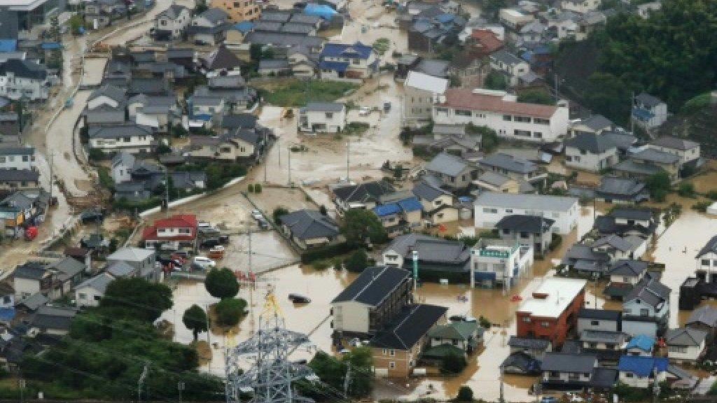 44 dead as record rains devastate parts of Japan https://t.co/UDg7x575Jz