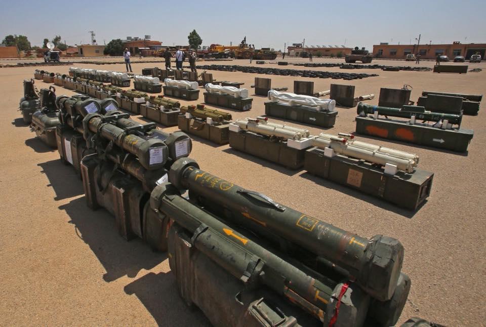 Sirija: SAA do nogu porazila đihadiste u j. Siriji i zapljenila tone američkog oružja DhkhXvKW0AAi_9-