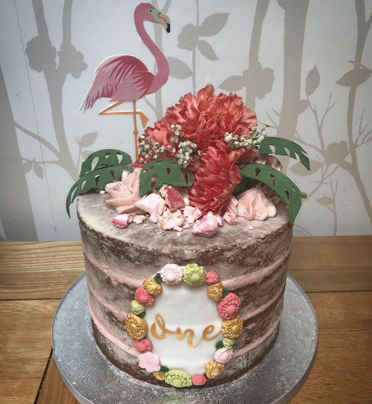 MrCakeUK Hawaiian Themed Birthday Cake
