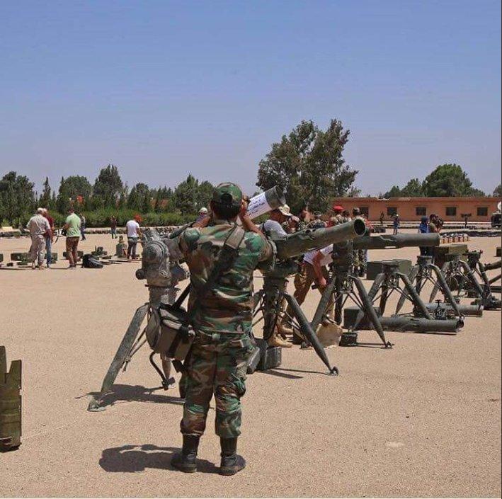 Боевики продолжили передачу Сирийской Армии огромного количества техники, оружия и боеприпасов