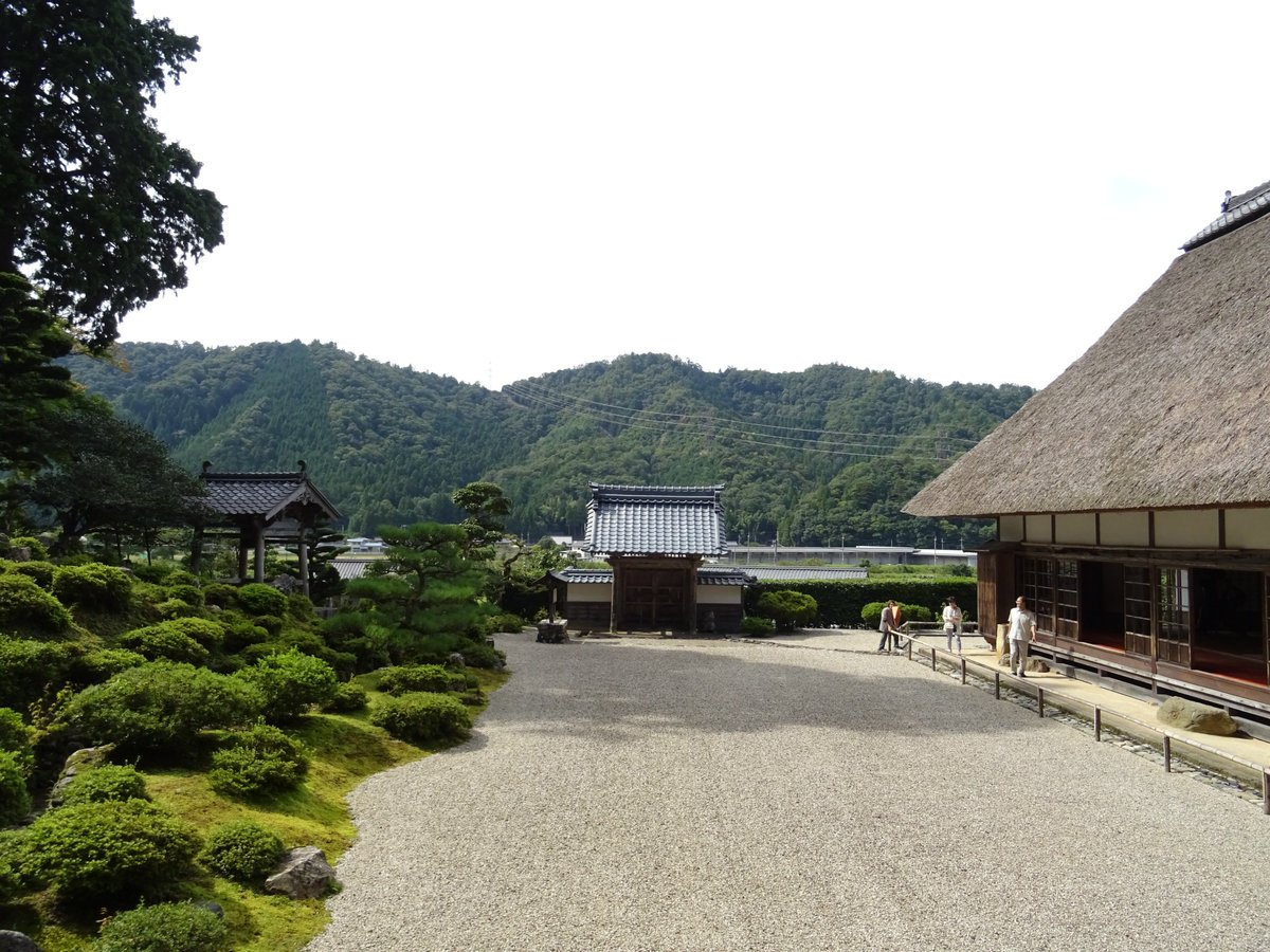 """test ツイッターメディア - 【<strong>萬徳寺</strong>(福井)】 #福井 #日本庭園 #日本庭園好きな人RT <a rel=""""noopener"""" target=""""_blank"""" href=""""https://t.co/yHd9TQBqMb'"""" title=""""Twitter / ?"""" class=""""blogcard-wrap external-blogcard-wrap a-wrap cf""""><div class=""""blogcard external-blogcard eb-left cf""""><div class=""""blogcard-label external-blogcard-label""""><span class=""""fa""""></span></div><figure class=""""blogcard-thumbnail external-blogcard-thumbnail""""><img data-src=""""https://s0.wordpress.com/mshots/v1/https%3A%2F%2Ft.co%2FyHd9TQBqMb%27?w=160&h=90"""" alt="""""""" class=""""blogcard-thumb-image external-blogcard-thumb-image lozad lozad-img"""" loading=""""lazy"""" width=""""160"""" height=""""90""""/><noscript><img src=""""https://s0.wordpress.com/mshots/v1/https%3A%2F%2Ft.co%2FyHd9TQBqMb%27?w=160&h=90"""" alt="""""""" class=""""blogcard-thumb-image external-blogcard-thumb-image"""" width=""""160"""" height=""""90""""/></noscript></figure><div class=""""blogcard-content external-blogcard-content""""><div class=""""blogcard-title external-blogcard-title"""">Twitter / ?</div><div class=""""blogcard-snippet external-blogcard-snippet""""></div></div><div class=""""blogcard-footer external-blogcard-footer cf""""><div class=""""blogcard-site external-blogcard-site""""><div class=""""blogcard-favicon external-blogcard-favicon""""><img data-src=""""https://www.google.com/s2/favicons?domain=t.co"""" alt="""""""" class=""""blogcard-favicon-image external-blogcard-favicon-image lozad lozad-img"""" loading=""""lazy"""" width=""""16"""" height=""""16""""/><noscript><img src=""""https://www.google.com/s2/favicons?domain=t.co"""" alt="""""""" class=""""blogcard-favicon-image external-blogcard-favicon-image"""" width=""""16"""" height=""""16""""/></noscript></div><div class=""""blogcard-domain external-blogcard-domain"""">t.co</div></div></div></div></a> /></a></div></div></div></div></div></div></div><footer class=""""article-footer entry-footer""""><div class=""""entry-categories-tags ctdt-one-row""""><div class=""""entry-categories""""><a class=""""cat-link cat-link-30"""" href=""""https://www.kouyou-spot.com/category/hokuriku/fukui/""""><span class=""""fa fa-folder"""" aria-hidden=""""true""""></span> 福井県</a></div></div><div class=""""footer-m"""