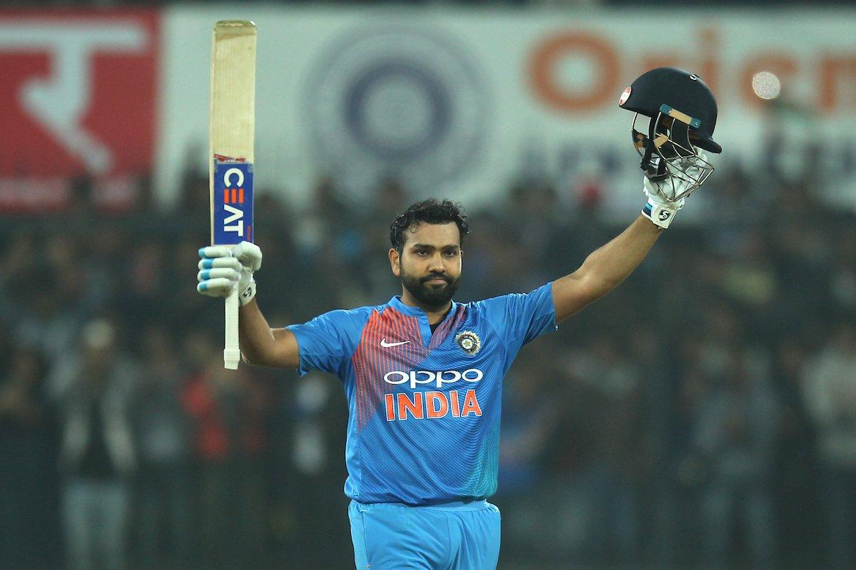 मैन ऑफ़ द मैच और सीरीज लेते हुए रोहित शर्मा ने खुद को नहीं बल्कि इस खिलाड़ी को बताया जीत का हीरो 5