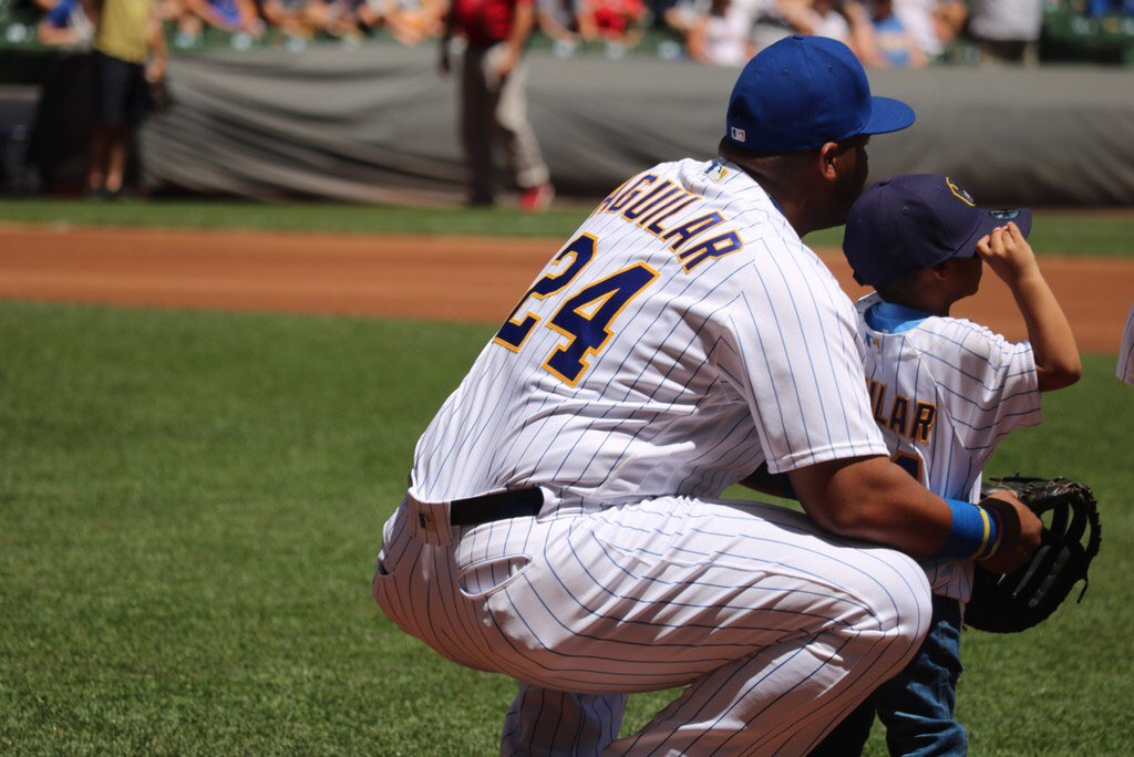 .@JAguilarMKE and the #Brewers are ready to #PlayBall against the Braves  on Family Day! #WeBelieveInJesús https://t.co/yvG5m6UL2p