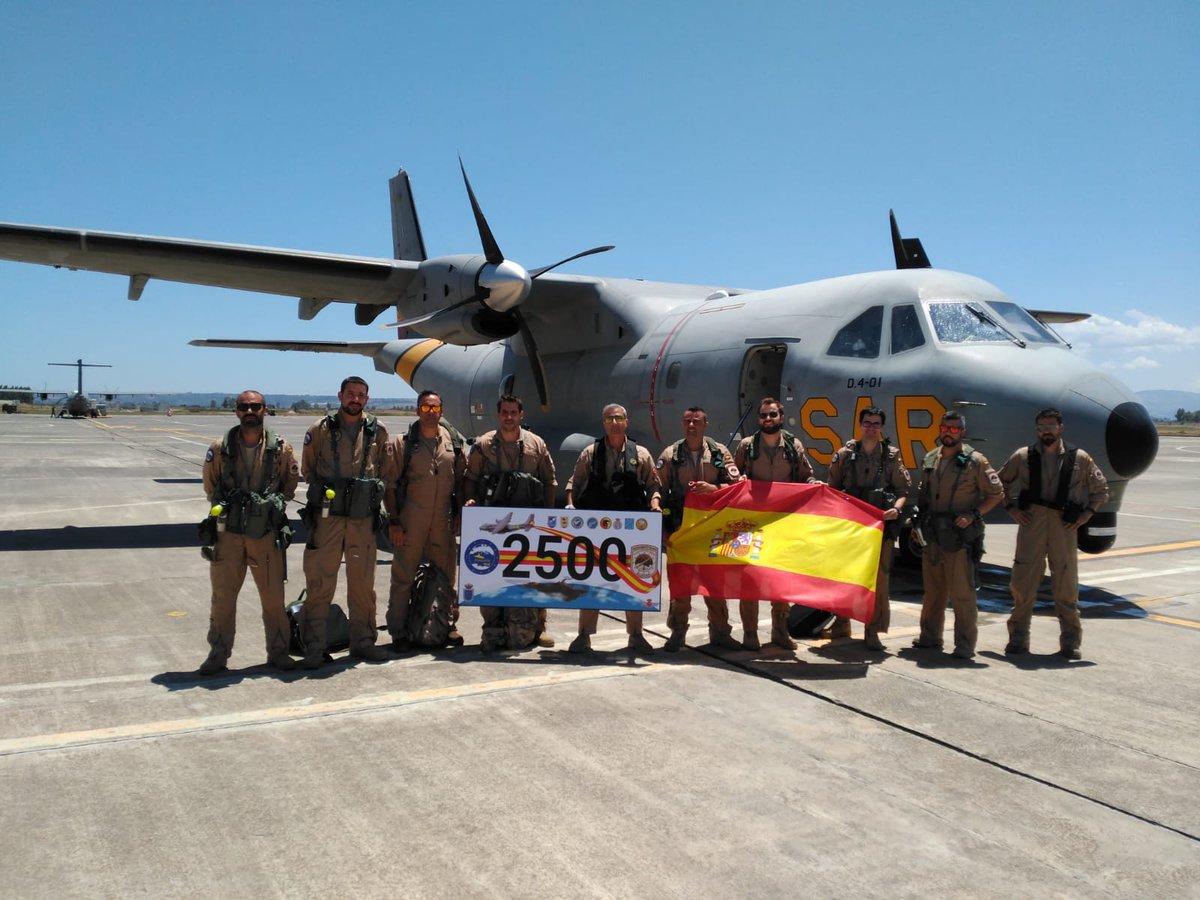 Alcanzamos las 2.500 horas de vuelo en la operacion #OpSophia #DestacamentoGrappa  en nuestra misión de lucha contra el tráfico de personas en el #Med con los aviones #CN235 #D4 #VIGMA del #Ala46 #Ala48 #Ala49 @nas_sigonella