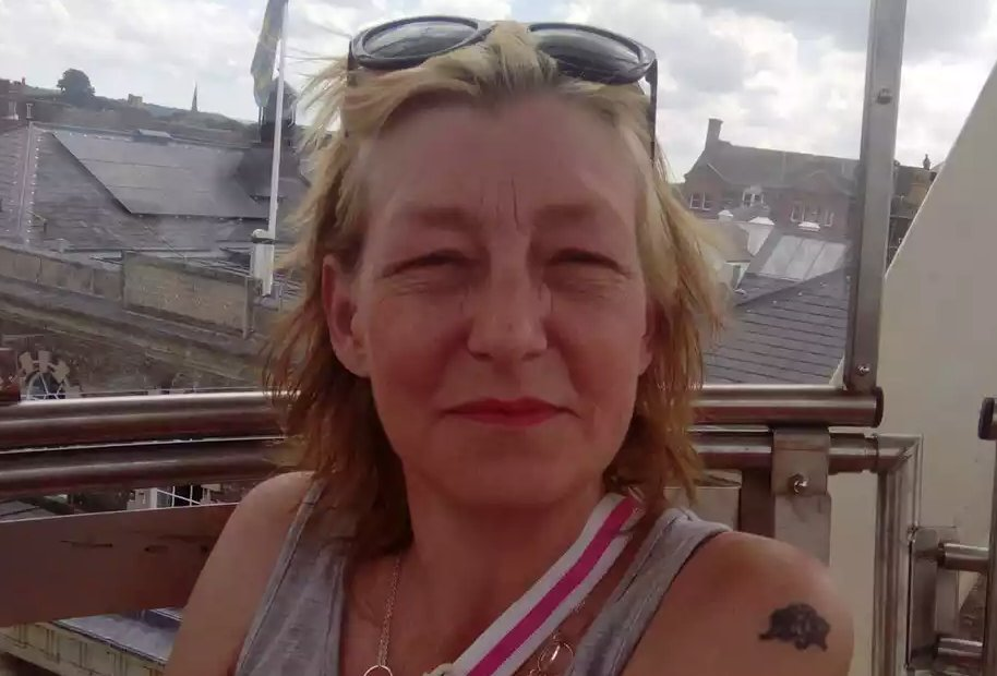 Dawn Sturgess, the woman who was exposed last week to the nerve agent novichok, died today. Scotland Yard launches murder investigation. https://t.co/T1FYEpnwrX