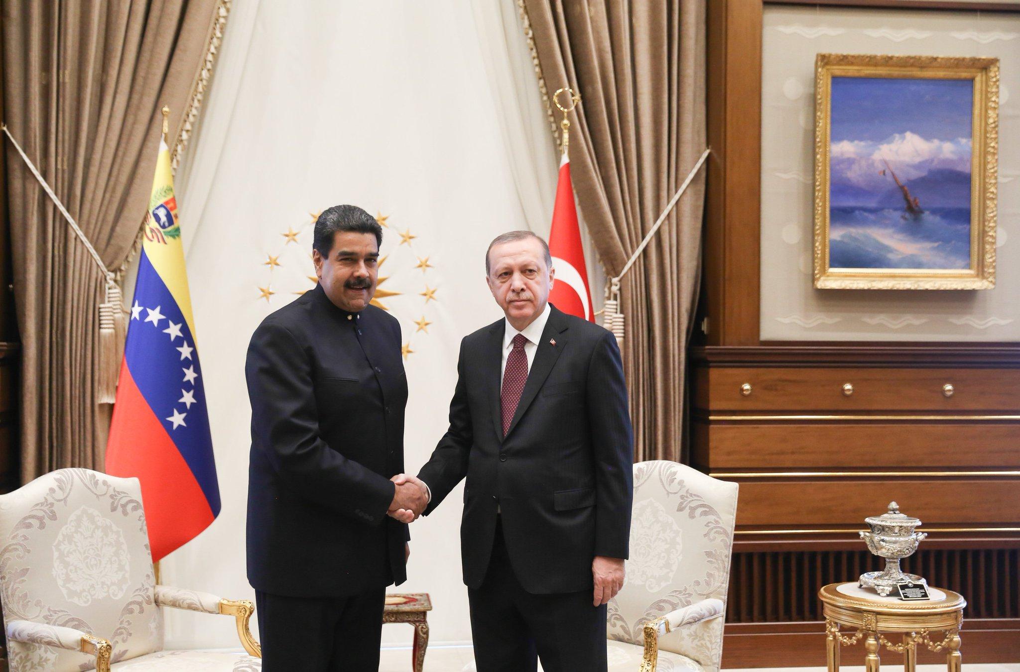 #EsNoticia �� |  ¿Cómo Chávez tendió puentes entre Turquía y Venezuela? https://t.co/W7uwVvTkp4 https://t.co/BcZlJDmrec