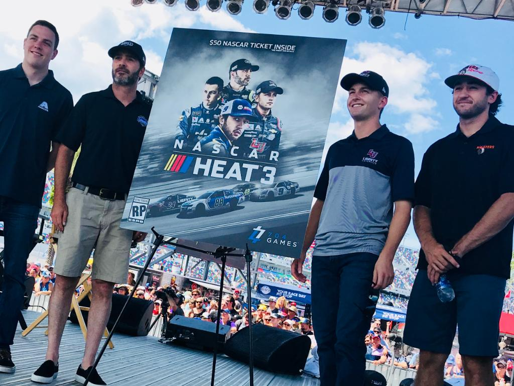 704Games announces details, @TeamHendrick cover for upcoming #NASCARHeat3 video game.   🎮: https://t.co/GlpesM2M1l