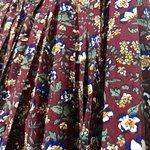 Image for the Tweet beginning: Floral Dress sz F ¥2,900+ tax 上品な花柄、上品なボタン、上品なディテール。プリーツの入ったレトロなワンピース。