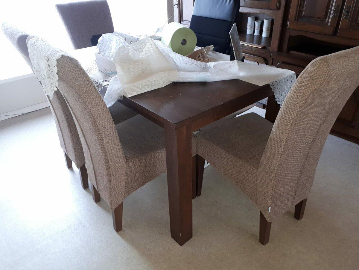 Meubels Voor Vluchtelingen : Gezocht meubels voor huis van de migranten bruzz