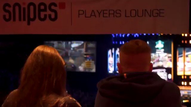 The @Snipesshop Player Lounge at #ESLOne Cologne was 🔥! #snipes