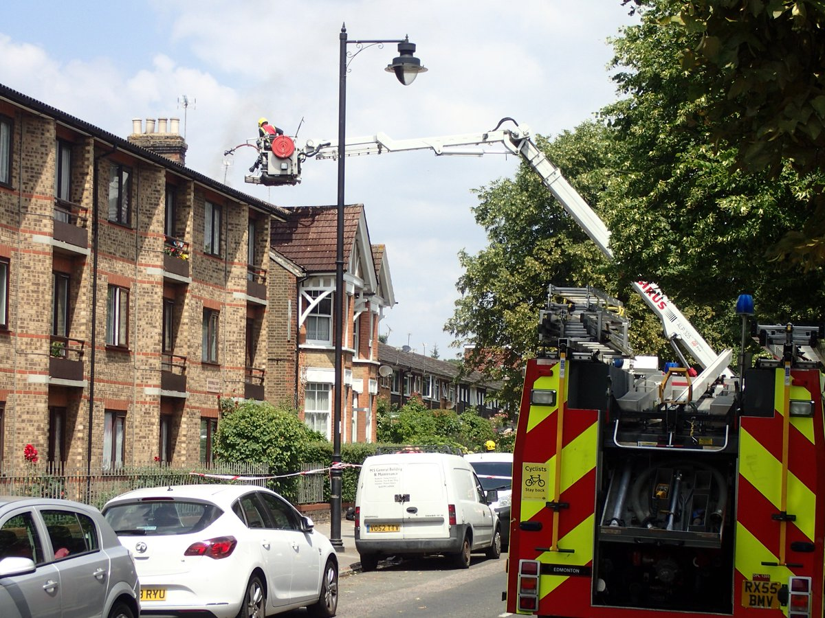 Fire rips through loft space #ThisWeek at a house converted into flats in #Enfield https://t.co/STAcBIugVI