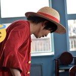 Image for the Tweet beginning: 7/8サンレス 端っこで中村くんルフィと池の上くんバルトロメオがわちゃわちゃしてて可愛かった(*´∀`)