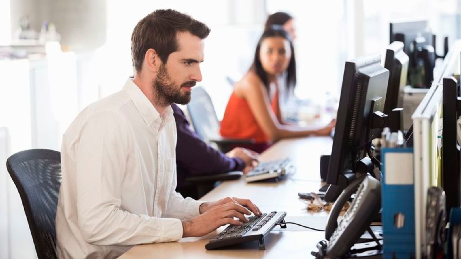Coworker Loudly Typing Away Like 1930s Cub Reporter Chasing Hot Lead https://t.co/gKY6tJkNlm https://t.co/hdNPn712My