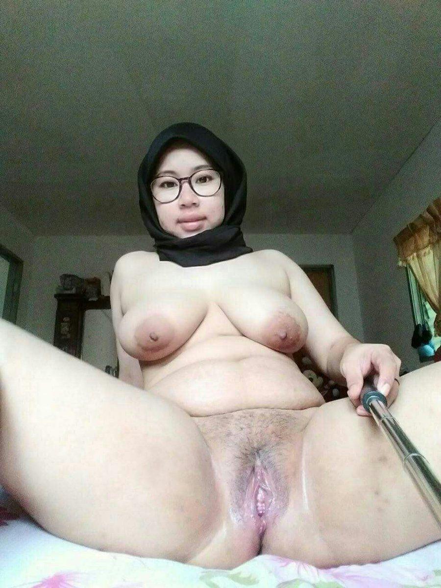 Malay women milf — 3